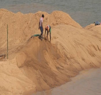 هشدار درباره فاجعه محیط زیستی ناشی از استخراج غیرقانونی شن و ماسه