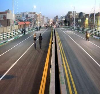رمپ چهارم پل بزرگ جمهوری قم افتتاح شد